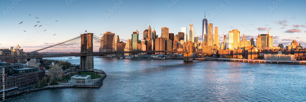 Fototapety, obrazy: East River mit Blick auf Manhattan und die Brooklyn Bridge, New York, USA