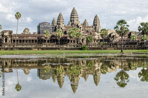 фотография  Angkor wat temple at sunrise