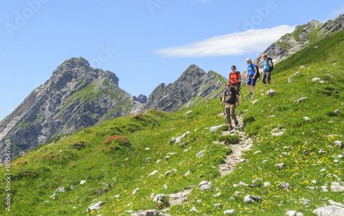 Bergwanderer in den Allgäuer Alpen Canvas Print