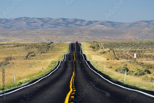 Einsamer Abschnitt der Route 6 in Richtung Springville, Utah, USA Slika na platnu