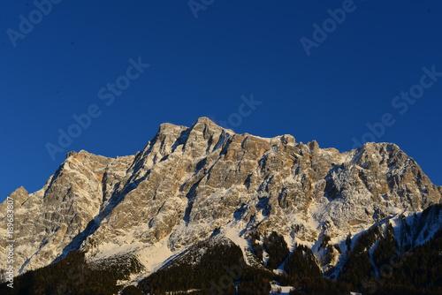 Alpenglühen an der Zugspitze von Ehrwald (Tirol) aus Poster