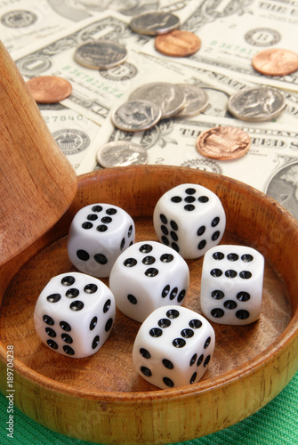 Five dice with a wood dice cup плакат