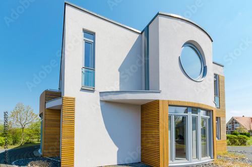 moderne Architektur, Einfamilienhaus – kaufen Sie dieses Foto und ...