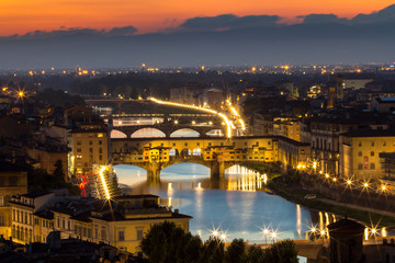 Obraz na Szkle Miasta Great View of Ponte Vecchio at sunset, Firenze, Italy