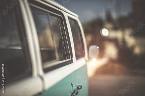 Photo  Cute old-fashioned campervan