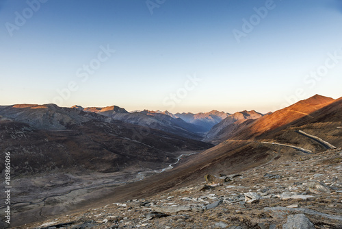 Cuadros en Lienzo Babusar Pass or Babusar Top is a mountain pass at the north of the 150 km