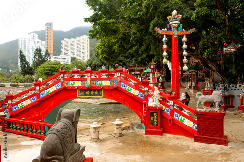 Fotografia, Obraz  The Longevity Bridge. Tin Hau temple, Repulse Bay, Hong Kong