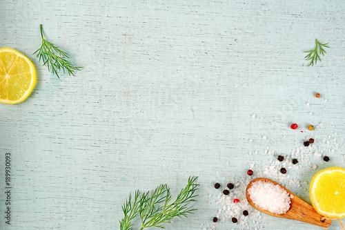 Meersalz, Pfefferkörner, Zitrone, Dill Wallpaper Mural