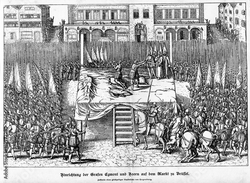 Valokuvatapetti Beheading of counts of Egmont and Horn on June 5, 1568  (from Spamers Illustrier