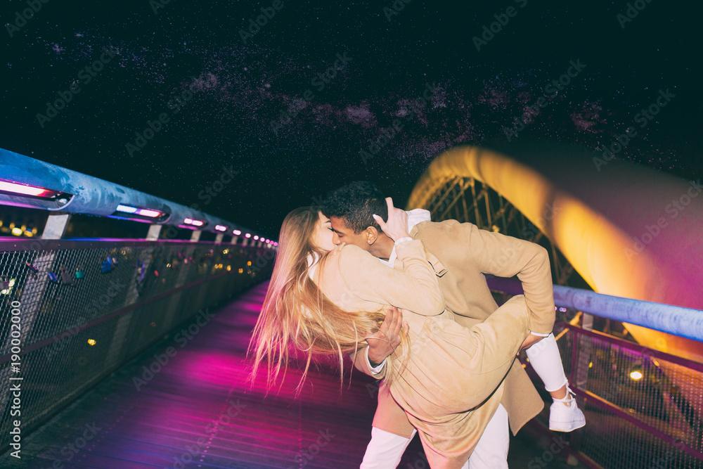Fototapety, obrazy: Magiczny pocałunek