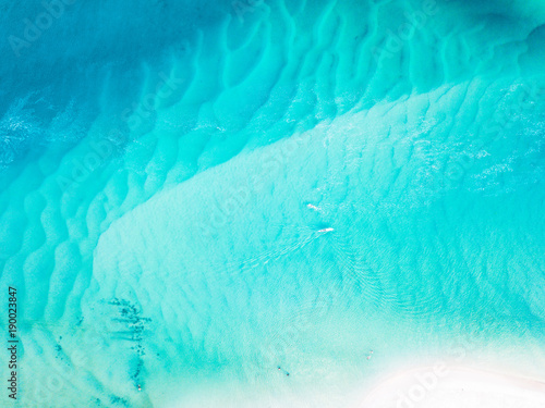Foto auf Leinwand Turkis A vibrant aerial view of the beach