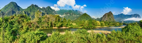 Foto op Aluminium Rivier Amazing landscape of river among mountains. Laos panorama.