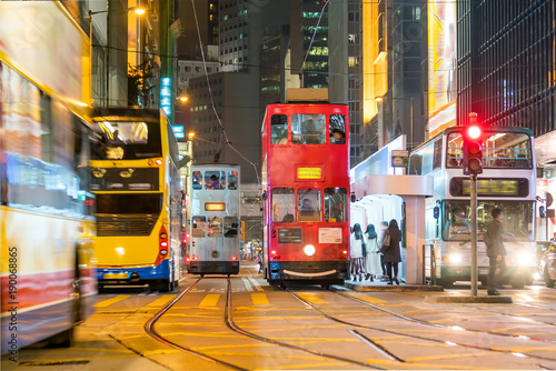 Poster Lieu connus d Asie Traditional tramways cars in downtown Central, Hong Kong