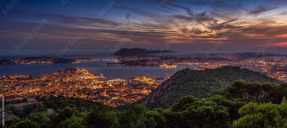 Fototapety, obrazy: Toulon depuis le Mont Faron - Var