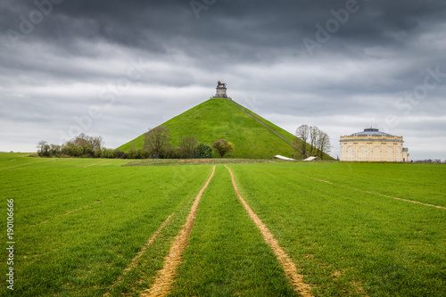 Famous Battle of Waterloo Lion's Mound memorial site with dark clouds, Belgium Canvas-taulu