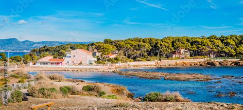 Foto auf Gartenposter Blau Panorama depuis les Iles du Gaou à Six-Fours-les-Plages, le Brusc