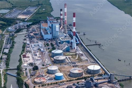 Fotografie, Obraz  Vue aérienne d'une centrale thermique à Cordemais en Loire Atlantique en France