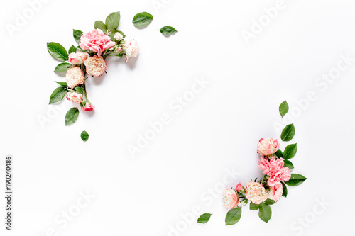 Cadres-photo bureau Fleuriste Border frame with pink rose flower buds branches isolated on white background. Flat lay, top view. Floral background. Floral frame. Frame of flowers.