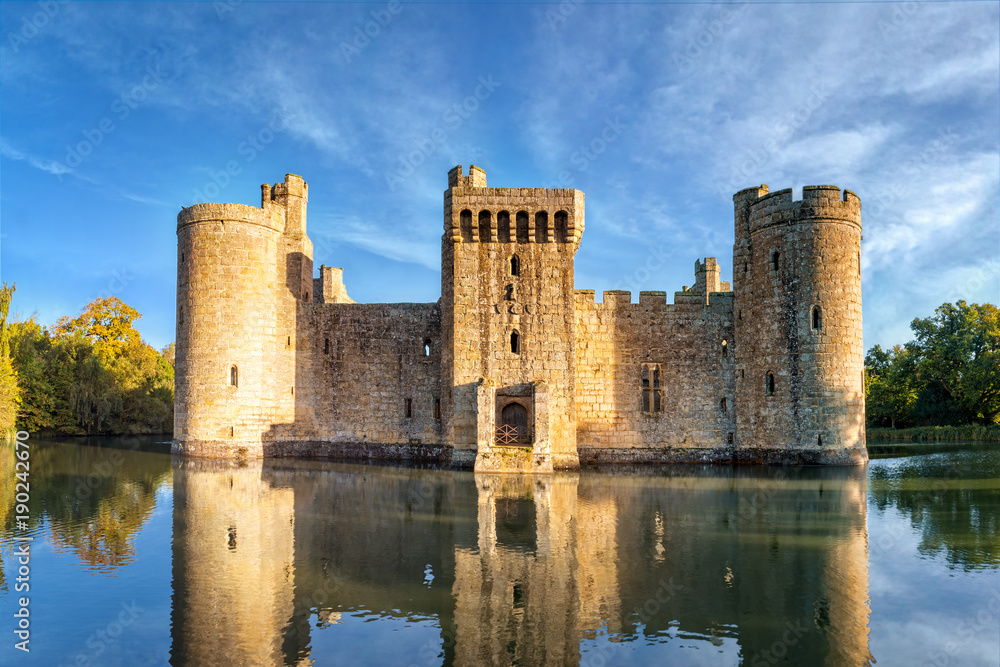 Fototapety, obrazy: Bodiam Castle in England