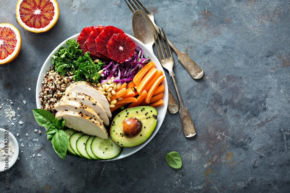 Fototapeta Healthy lunch bowl with chicken and quinoa