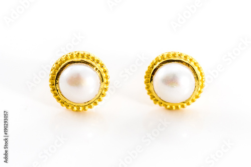 Photo  gold stud earrings