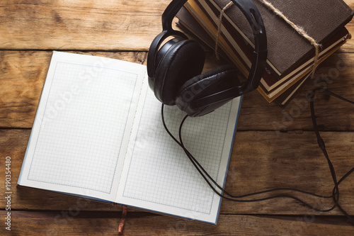 Books, Headphones, outdoor Diary on a wooden background Canvas-taulu