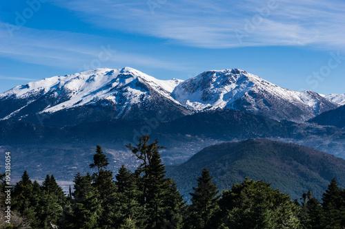 Foto op Aluminium Oceanië Picturesque landscape of snow covered Ziria mountain in Peloponnese Greece.