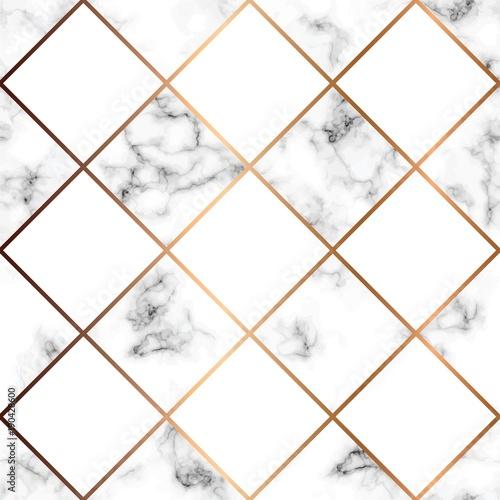 wektor-marmurowa-tekstura-bezszwowy-deseniowy-projekt-z-bialymi-kwadratami-i-zlote-geometryczne-linie-czarny-i-bialy-marmurkowata-pow