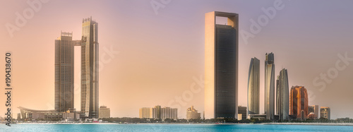 Poster Abou Dabi View of Abu Dhabi Skyline at sunrise, UAE