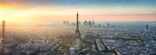 Photo Paris Skyline Panorama bei Sonnenuntergang mit Eiffelturm