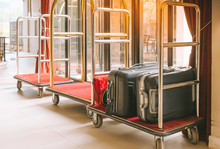 Hotel Luggage Cart / Baggage T...