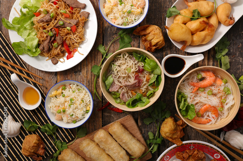 La pose en embrasure Nourriture assorted asian cuisine