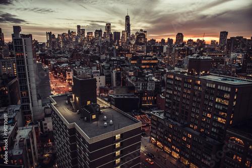 Keuken foto achterwand New York New York City Manhattan Midtown aerial view to skyscrapers at twilight time