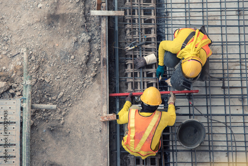 Obraz aerial view of construction worker in construction site - fototapety do salonu