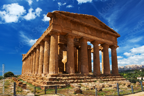 Spoed Foto op Canvas Bedehuis Concordia Temple in Agrigento archaeological park. Sicily