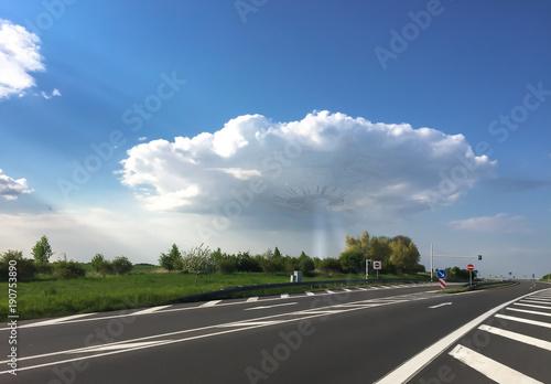Foto op Canvas UFO UFO über Kreuz Uckermark