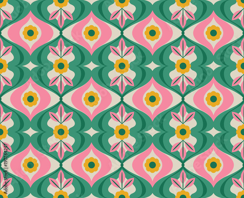 Photo seamless retro pattern with flowers and leaves