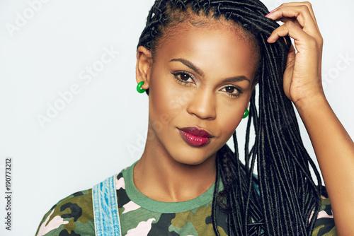 Obraz African-American woman with dreadlocks - fototapety do salonu