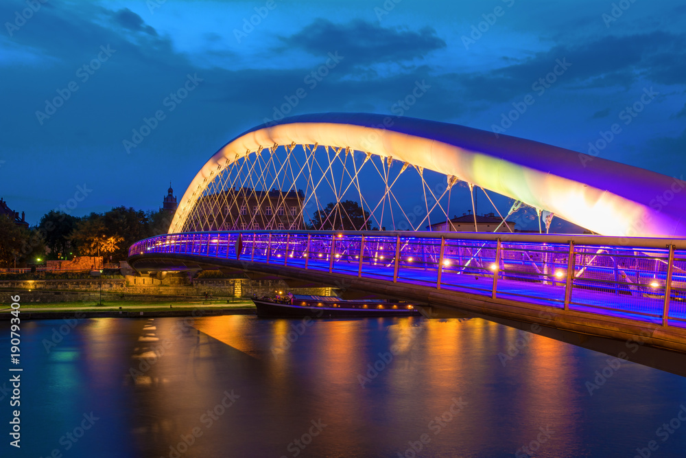 Fototapety, obrazy: Bernatka footbridge over Vistula river in Krakow at night. Poland. Europe.