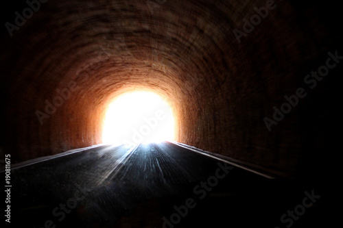 light at the end of the tunnel Fotobehang