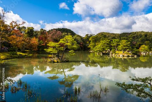Photographie Japanese zen garden, Autumn lake