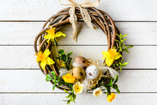 Easter Background With Spring ...