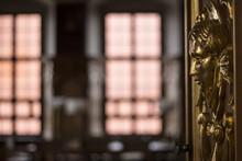 Golden Fresco Ornamental Head ...