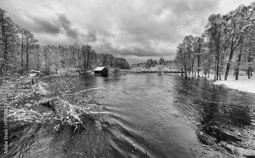 widok-na-rzeke-w-szwecji