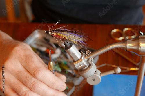 Fotografía  Fly tying a classic Magog smelt salmon fly pattern