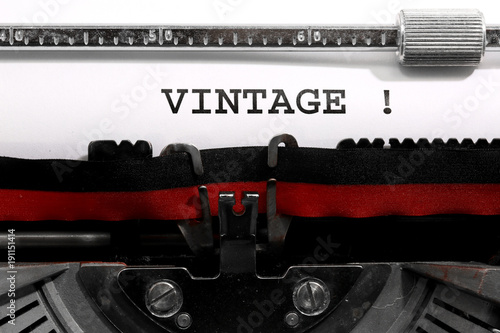 Foto op Aluminium Retro Text VINTAGE written with the old typewriter