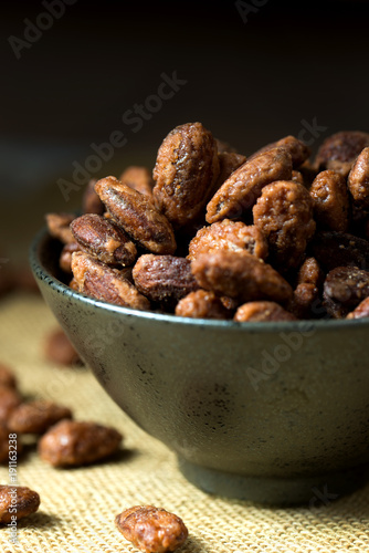 Photo sur Aluminium Confiserie Sugar coated roast almond