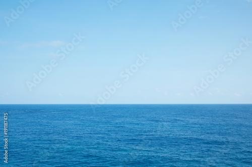 Staande foto Zee / Oceaan 海 水平線