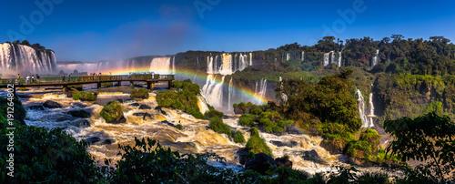 Fotomural  Foz Do Iguazu - June 23, 2017: Panorama of the Iguazu Waterfalls in Foz Do Iguaz
