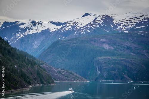 Photo beautiful landscape in alaska mountains
